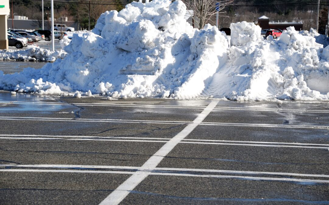 Cromwell, CT | Commercial Snow Removal | Best Snow Plowing Contractor Near Me